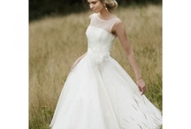 Outdoor wedding / by Holly Bennett