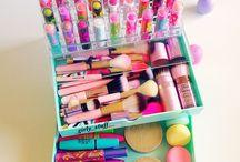 Cute Organised makeup