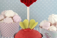 Cupcake Inspiration / Pretty, pretty cupcakes... www.bisousweet.com