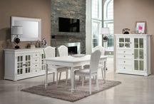 Muebles clasicos blancos Clarence / Elegancia, luminosidad y refinamiento son los atributos que mejor definen esta colección de muebles clasicos con acabado en color blanco. http://tiendaonline.demarques.es/Muebles-Clasicos-Blancos-Coleccion-Clarence