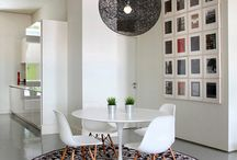 Art: Gallery Walls / Tips and Inspiration for Gallery Walls.