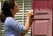 Rescue Faded Shutters in an Hour / Experiences of a stay-at-home mom who shares tips to clean shutters faster, better.
