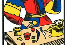 Tarot, this is my life ! / Tarot of Marseille is one of the standard patterns for the design of tarot cards. It is a pattern from which many subsequent tarot decks derive. 