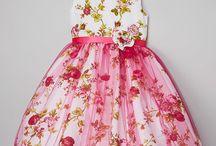 Φλοράλ φορέματα για παιδιά