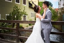 Cesky Krumlov pre-wedding photo shoot