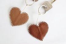 llaveros de cuero handmadecuer / Cueritos