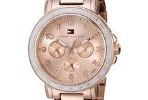 Relógios, pulseiras e outros acessórios