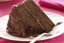 Yummy Cakes / by Britt Hill