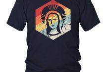 Retro Vintage Virgin Mary Catholic T-Shirt