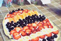 Desserts / by Barbara Ernest