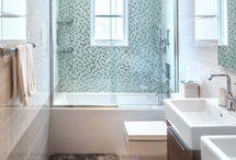 Bathrooms / by Jessica Hinckley