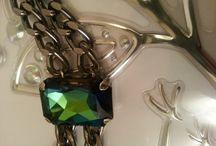 Shiny / Handmade fashion jewelry https://www.etsy.com/shop/AuBeardsley