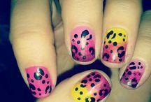 Smink och naglar☆