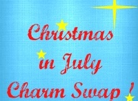 Christmas in July Patchwork Ideas / Ideas for using Christmas Charms from my Christmas Charm Swap.   http://mandamadequilts.blogspot.com/2012/07/christmas-in-july-5-charm-swap.html