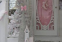 Porches and screen doors! <3 / by Sheri Casady
