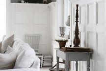 ★ Interior | white