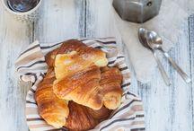 Breakfast and Brunch / by Giulia Scarpaleggia