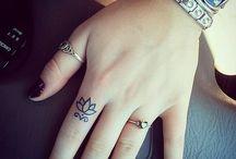 tatoo dedos