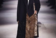 DRIES VAN NOTEN - BREAKING THE RULES