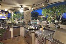 Outdoor Kitchen's