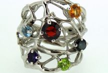 Linea Magma di Orafo Arnone / Laboratorio artigianale creativo di Arnone Gionatan dove vengono realizzati gioielli in oro, argento e pietre