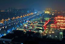 A Pearl along the Grand Canal — Dadou Road / The food street is located by the Grand Canal — the second biggest draw of Hangzhou after West Lake and a UNESCO Heritage Site.