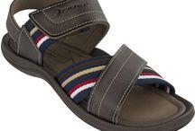 Sandale bărbăteşti Rider. Fabricaţi în Brazilia. / Se anunţă o vară caldă, o vară în care ai nevoie de confort.  Alege o pereche de sandale Rider pentru a te bucura de această vară.