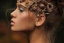 Golden jewelry/crowns (coloring inspiration