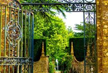 La puerta de mi jardin / by Lucia Millan Sanchez