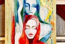 Спящие красавицы / Всплеск интенсивных алых, оранжевых, карминовых и огнено золотистых на контрасте с небесно голубыми и оттенками рождает перед нами чарующие образы двух прекрасных спящих девушек
