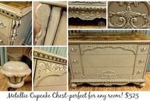 Websters & Metallics / Websters Chalk Paint Powder mixed with your favorite shades of golds and metallics!