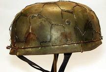 Parachutisten helmets