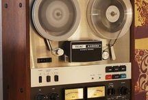 Reel to reel / Vintage Audio Shop 3 Maja 19 Katowice Poland www.audio-vintage.com www.vintageaudio.pl Mobile: +48722117722 Mirek +48607611300 Lukas #VintageAudio #Audio #Vintage #turntable #phono #vinyl #records #music #hifi #hifiaudio #highend #highfidelity #reeltoreel #audiopassion