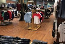 Retail Project / InstaLay was chosen as a fast installation system for a retail project in Middlesbrough. InstaLay was loose laid over the existing vinyl floor and new LVT's were installed directly onto the InstaLay adhesive system. This saved substantial costs in subfloor preparation and provided a very fast installation programme, enabling the retail shop to open as quickly as possible!