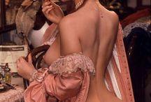 Boudoir / Beautiful women, beautiful lingerie in a beautiful room