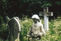 macabre :: graveyards
