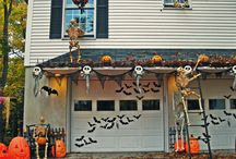 BOO-tifly, Spooky Halloween Decor For Your Garage Door / There's a slight chill in the air, so it must be time to decorate for all those trick-o-treaters soon! Your garage door can be a big open canvas to create a ghoulish landscape for Halloween. Take a look at some of our favorite DIYs to transform your garage door.