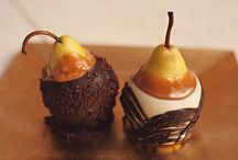 Gourmet Pears... / Delicious, juicy & fresh...melt in your mouth Caramel & Chocolate dipped Pears!!!   www.hanselandgretelcandykitchen.com  1-800-524-3008