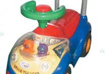 Pojazdy dla dzieci / Szukasz prezentu dla dziecka, który sprawi, że na jego buzi pojawi się uśmiech radości? Koniecznie zapoznaj się z ofertą zabawek sterowanych radiem. Dzieci szybko rosną a wraz z nimi, również ich wymagania względem zabawek. Zwykłe klocki czy samochodziki kilkulatkowi już nie wystarczają. Samochód dla dziecka sterowany radiem jest zdecydowanie lepszym pomysłem.   Pojazdy,dla,dzieci Pojazdy dla dzieci, miastozabawek.pl, #miastozabawek.pl