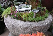 Miniature Gardens / Miniature gardens, garden dioramas, and ideas and inspiration for making them.
