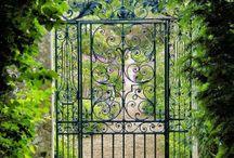 vrátka, vrata, branka, brána