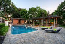 Front garden/deck