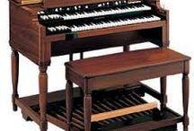 Hammond, Wurlizer &Co. / Orgeln aus vergangenen Tagen
