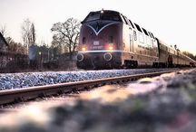 Öffentlicher Verkehr - Zug, Bahn, Schiff