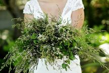 Retro Flower Arrangements / Retro flowers for bouquets and small weddings.