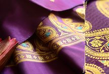 Paisely Silk Dupatta / Vibrant Colored Pure Silk Baluchari Dupatta with paisley motifs in the bottom.Curated by MIHARU.View them:http://shop.gaatha.com/Baluchari