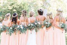 Bridal with bridesmaids