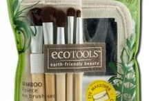 """Makeup Brush-Sets / Cosmetics brushes are made from a combination of natural animal hair and synthetic hair, so they are soft and silky on top, yet firm and durable on the bottom.  Makeup brushes are a """"must-have"""" in any woman's makeup arsenal.  http://www.nosacosmetics.com/brush-sets.html"""
