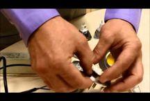 Nuestros tutoriales / En nuestro canal de Youtube (youtube.com/menoswatios) tienes a tu disposición una buena cantidad de tutoriales relacionados con la iluminación LED para que puedas realizar tus propias instalaciones, o cambiar una bombilla no te suponga un trauma.