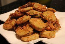 Fried foods / by Deana Ridge